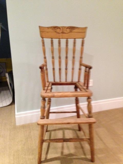 20 Chairs + 20 Artists = FUN