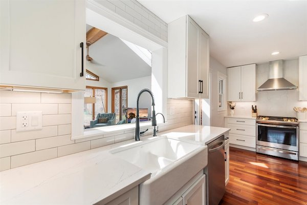 Kitchen Remodel Naperville – The Perfect Space for Family